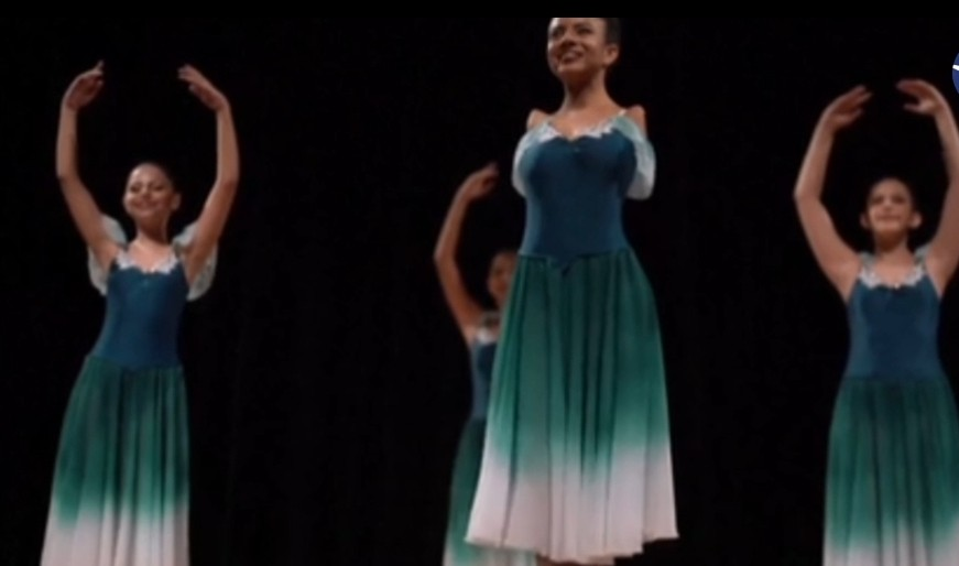 راقصة باليه برازيلية دون ذراعين
