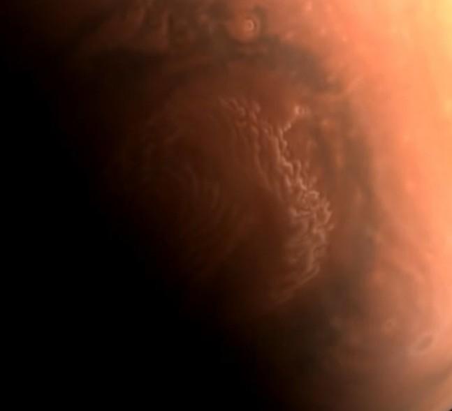 الصين تنشر صورا جديدة عالية الدقة لكوكب المريخ