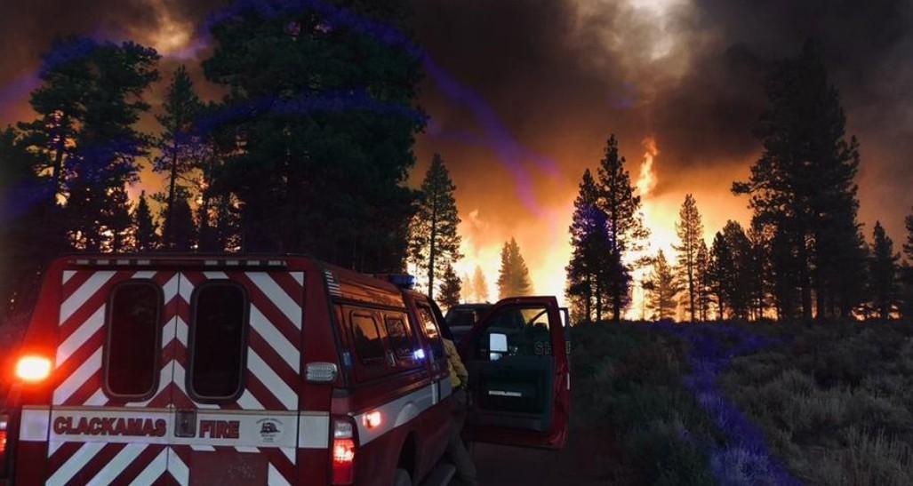 إضاءات غضب الطبيعة وظروف مناخية مميتة حول العالم