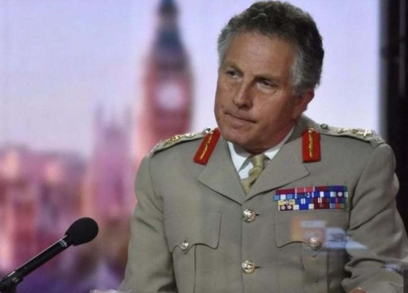 قائد أركان الجيش البريطاني  الجنرال نك كارتر